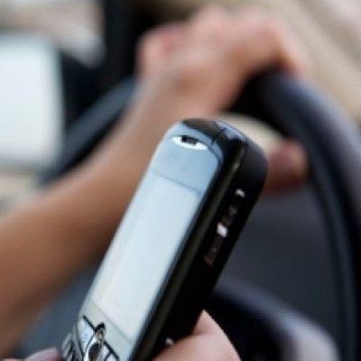 recurso-multa-hablar-movil-conduciendo