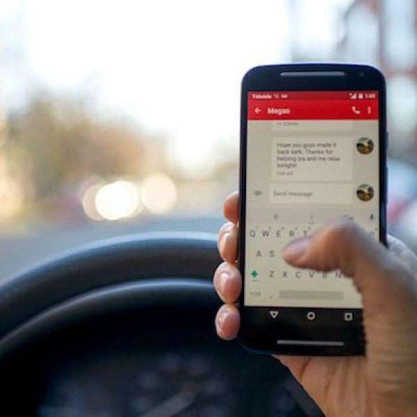descarga-recurso-multa-hablar-movil-conduciendo