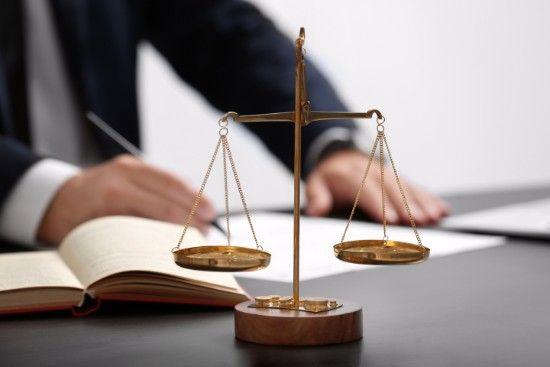 CIENTOS DE ARTÍCULOS LEGALES Y DOCUMENTOS GRATUITOS